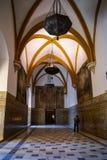 塞维利亚城堡的室  免版税库存照片