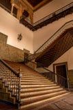 塞维利亚,安大路西亚/西班牙- 2017年10月13日:内部楼梯 库存照片