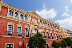塞维利亚,西班牙的历史建筑和纪念碑 西班牙语 de弗朗西斯科广场圣 免版税库存照片