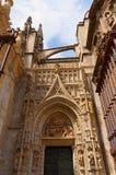 塞维利亚,西班牙的历史建筑和纪念碑 Catedral de圣玛丽亚de la塞德 库存图片