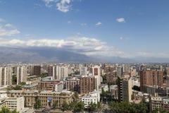 从塞罗看的圣地亚哥de智利地平线圣诞老人露西娅 库存图片