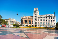 巴塞罗那卡塔龙尼亚catalynia de placa西班牙广场 卡塔龙尼亚,巴塞罗那的正方形 主要看法 库存照片