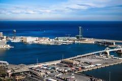 巴塞罗那口岸和W旅馆 免版税库存图片