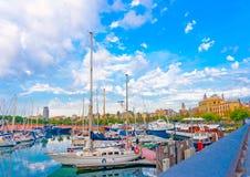 巴塞罗那小游艇船坞  免版税库存照片