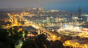 巴塞罗那晚上全景  免版税库存图片