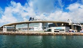 巴塞罗那港的客运枢纽站  免版税库存照片