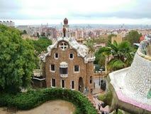 巴塞罗那,西班牙2013年10月-11 -对公园Guell的入口 库存照片