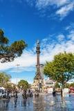 巴塞罗那,西班牙- 2016年4月17日:指向美国的克里斯托弗・哥伦布雕象 库存图片