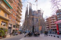 巴塞罗那,西班牙- 2017年2月16日:Sagrada Familia大教堂  安东尼奥Gaudi著名项目  复制文本的空间 免版税库存图片
