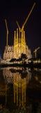 巴塞罗那,西班牙- 11月09 :Sagrada Familia ch夜视图  库存照片