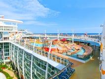 巴塞罗那, Spaine - 2015年9月06日:皇家加勒比,海的魅力 免版税库存照片