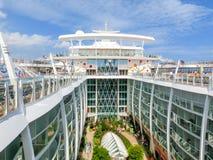 巴塞罗那, Spaine - 2015年9月06日:皇家加勒比,海的魅力 免版税图库摄影