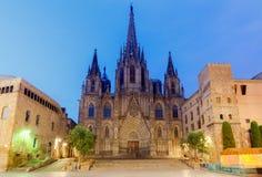 巴塞罗那 大教堂在黎明 免版税库存照片