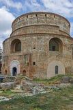 塞萨罗尼基,希腊- 2017年9月30日:圆形建筑的罗马寺庙在市的中心塞萨罗尼基,中马其顿 库存图片