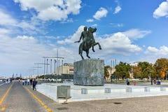 塞萨罗尼基,希腊- 2017年9月30日:在市的堤防的亚历山大大帝纪念碑塞萨罗尼基 免版税库存照片