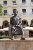 塞萨罗尼基,希腊- 2016年9月04日:亚里斯多德雕象Aristotelous广场 库存图片