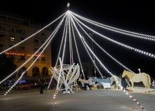 塞萨罗尼基,希腊- 2016年12月11日:圣诞节装饰在市中心 免版税库存照片
