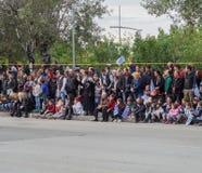塞萨罗尼基,希腊- 2016年10月28日:Oxi天希腊军队游行人群 免版税库存照片
