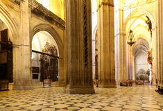 塞维利亚内部大教堂 --圣玛丽看见,安大路西亚,西班牙大教堂  库存照片