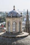 塞维利亚大教堂的皇家教堂的塔  免版税图库摄影