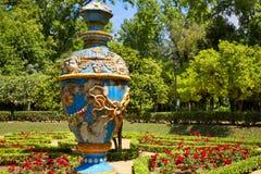 塞维利亚玛丽亚路易莎公园庭院西班牙 图库摄影