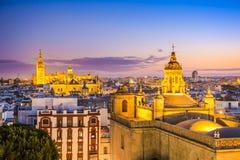 塞维利亚,西班牙市地平线 图库摄影