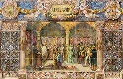 塞维利亚-作为其中一间的瓜达拉哈拉铺磁砖的'省凹室'沿广场de西班牙的墙壁 免版税库存照片