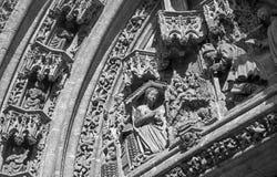 塞维利亚-在普埃尔塔圣米格尔火山的诞生场面大教堂de圣玛丽亚de la的塞德 免版税库存照片