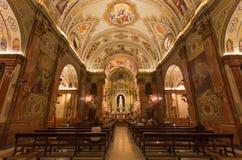 塞维利亚-教会Basilica de与壁画的la Macarena教堂中殿拉斐尔Rodrguez 库存图片