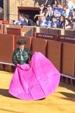 塞维利亚- 5月16 :西班牙斗牛士执行一头斗牛在Th 库存照片
