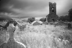 墓地使荒凉的老 免版税库存图片
