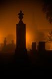墓地在晚上 免版税库存图片