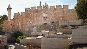 墓地在耶路撒冷 免版税库存图片