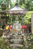 墓地日本okunoin老寺庙 免版税库存图片