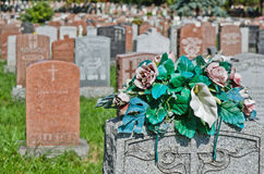 墓碑在美国墓地 库存照片