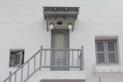 墙壁、门和窗口 免版税库存图片