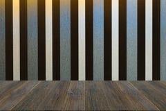 墙壁与木大阳台的纹理背景 库存照片