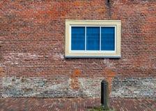 墙壁和窗口 免版税库存图片