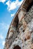 墙壁的细节古老罗马圆形露天剧场 库存图片
