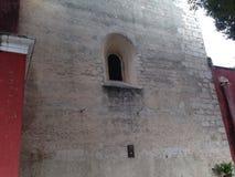 墙壁窗口和 免版税图库摄影