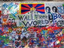 墙壁自由世界 图库摄影