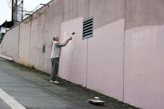 墙壁画家 免版税图库摄影