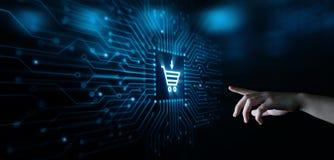 增加到推车互联网网商店购买网上电子商务概念 免版税库存图片