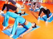 增氧健身班的妇女。 免版税库存照片
