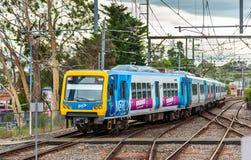 墨尔本在Ringwood驻地,澳大利亚的地铁火车 库存照片