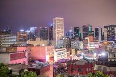 墨尔本市地平线在晚上 免版税库存照片