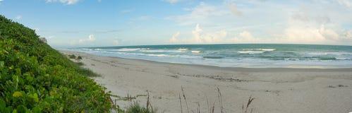 墨尔本海滩,在下午末期的佛罗里达 免版税库存图片