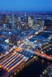 墨尔本,澳大利亚地平线从上面在晚上 图库摄影