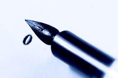 墨水笔作家 免版税库存图片