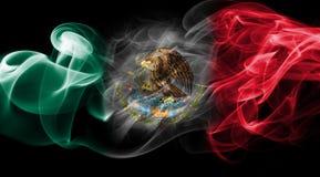 墨西哥全国烟旗子 免版税库存照片